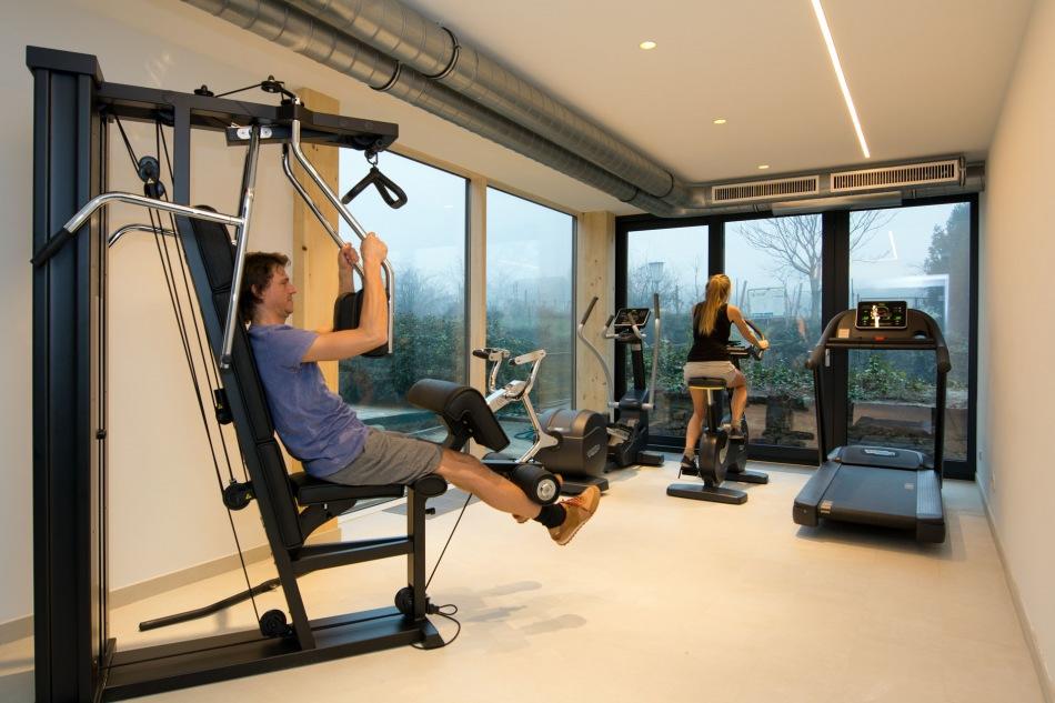 Fitnessraum hotel  Moderner Fitnessraum - Symposion Hotel Althof Retz